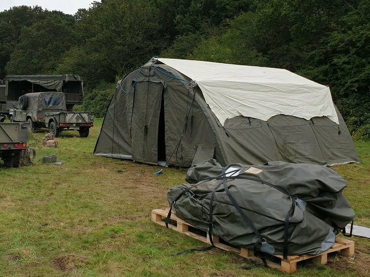 NIXUS PRO Rapid deployment inflatable tents on manoeuvres with British Army